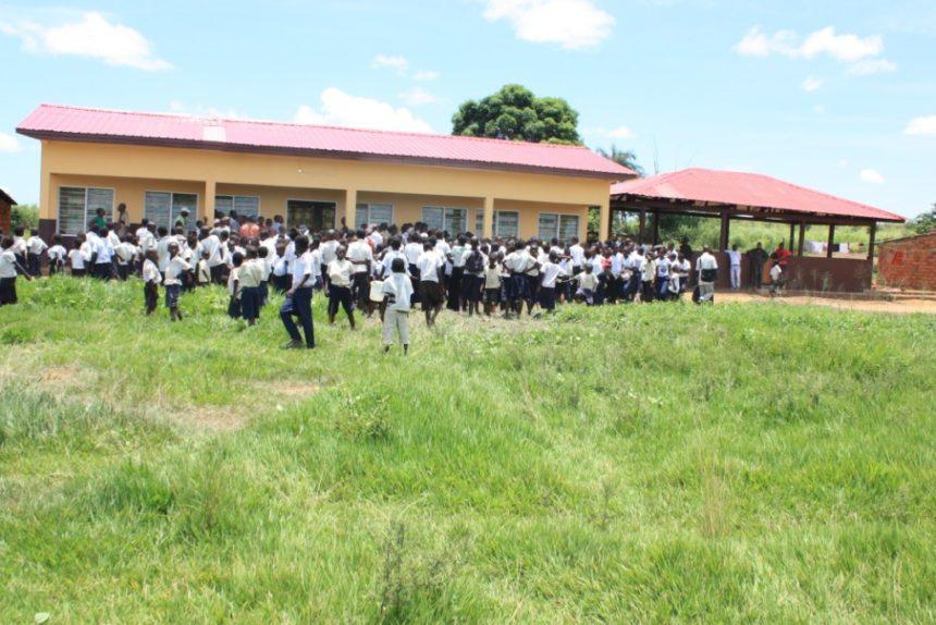 Bau von zwei Schlafhäuser, Demokratische Republik Kongo