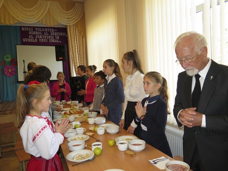 Suppenküche in Grigorauca, Moldawien