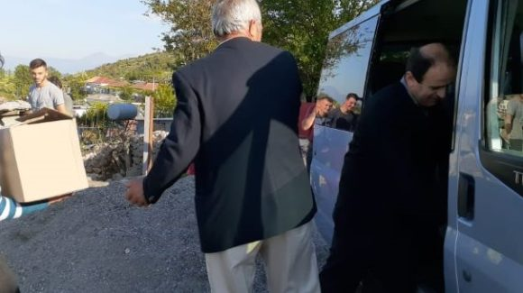 Albanien, Lebensmittelpakete
