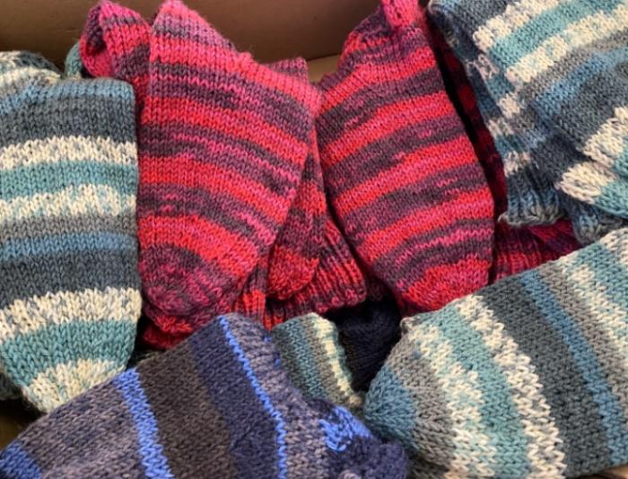 110 Paar warme Socken!