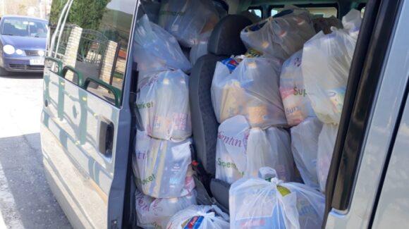 Lebensmittelpakete für 200 Familien